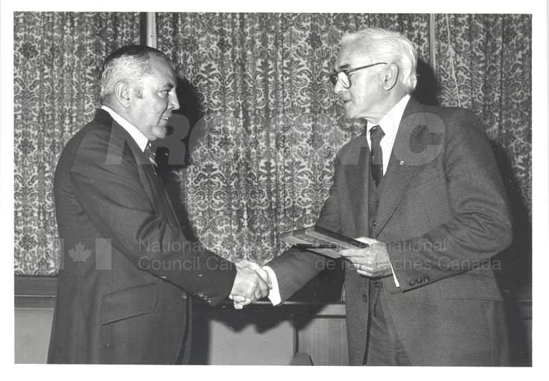 25 Year Service Plaques Presentations 1981 026