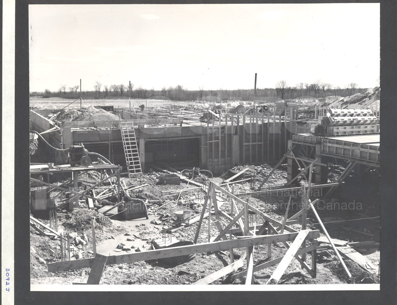 Construction of M-50 Spring 1952 #3092 010