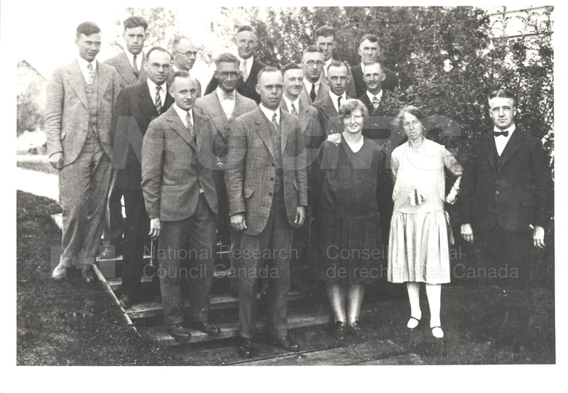 NRC Staff at U. of Alberta 1929 003