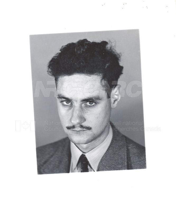 F c.1948-54 002