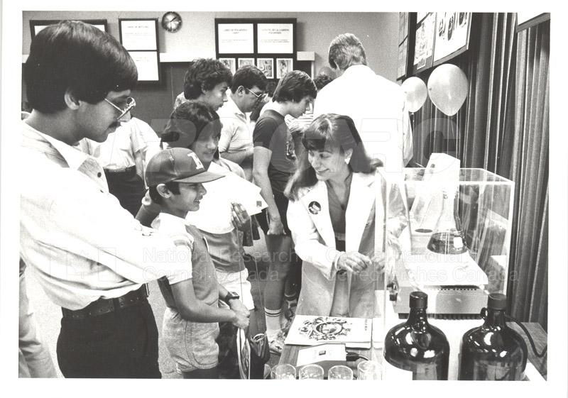 NRC Open House- Chemistry 1984 008