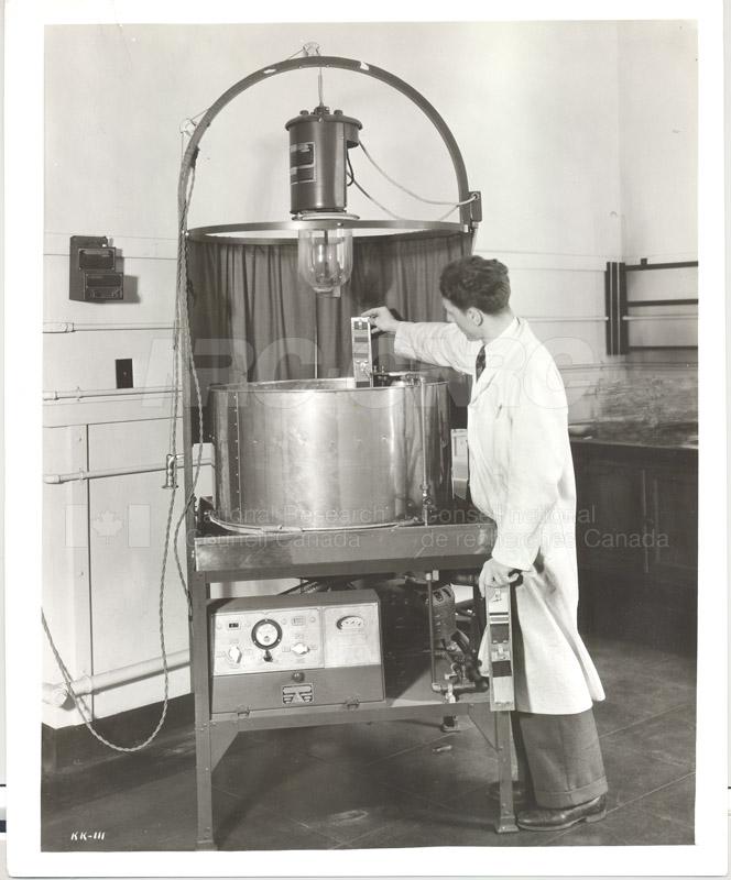 Division of Chemistry- Laundry- Weathermeter KK-111