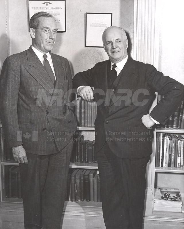 Atomic Energy Canada E.W.R. Steacie w. C.J. MacKenzie 1952 006