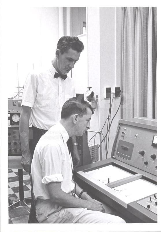 N.M.R. 1966 002