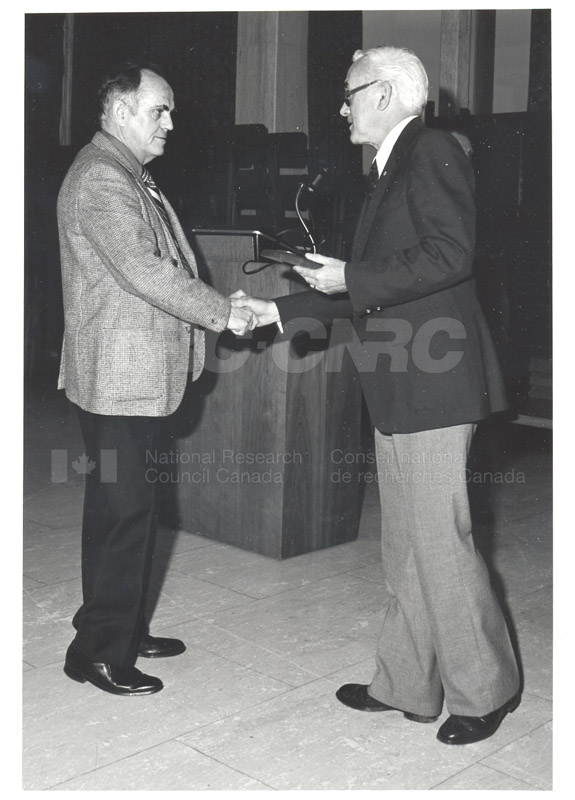 25 Year Service Plaques Presentations 1980 005