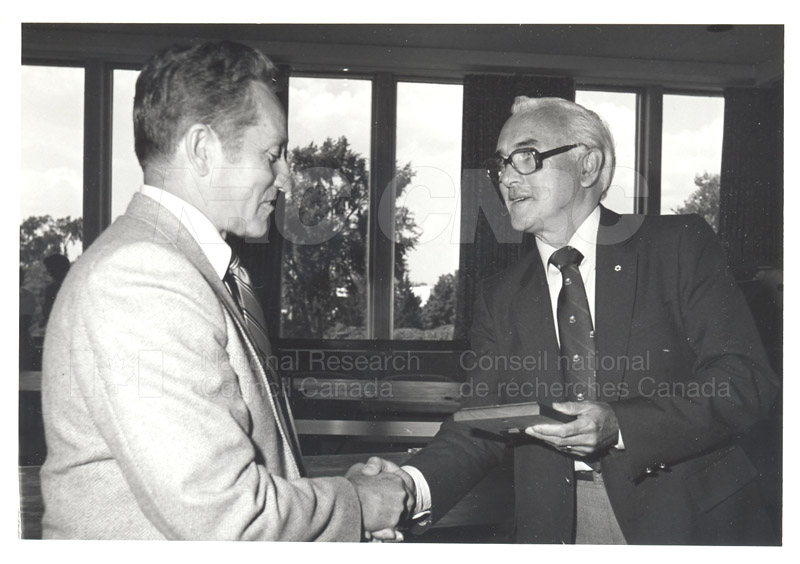 25 Year Service Plaques Presentations 1981 074