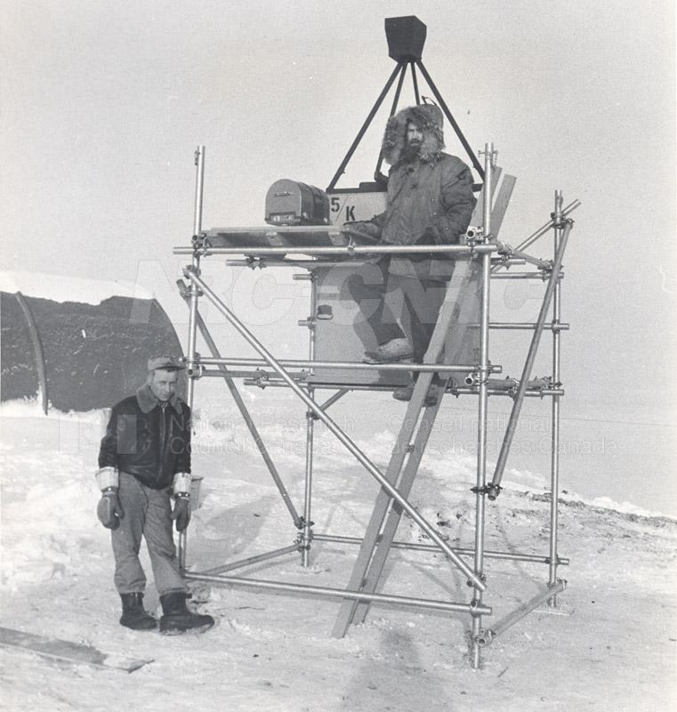 Alert and Resolute Bay Meteorology 1953-1954, 1957 003