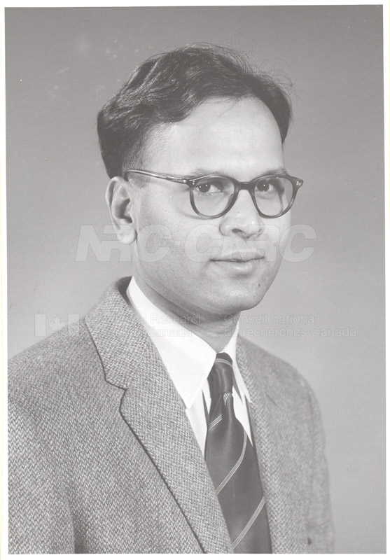 Photographs of Postdoctorate Issue 1957 079