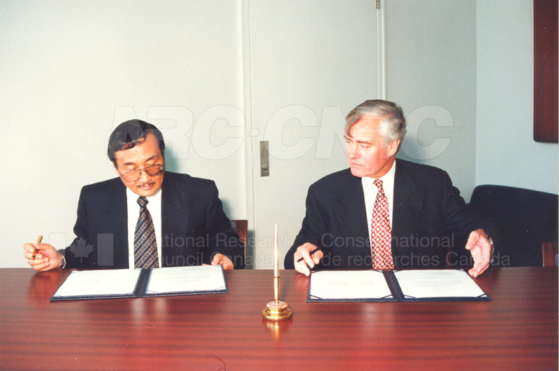 Agreement Signing Indonesian Institute of Sciences 10 Sept. 1997 008