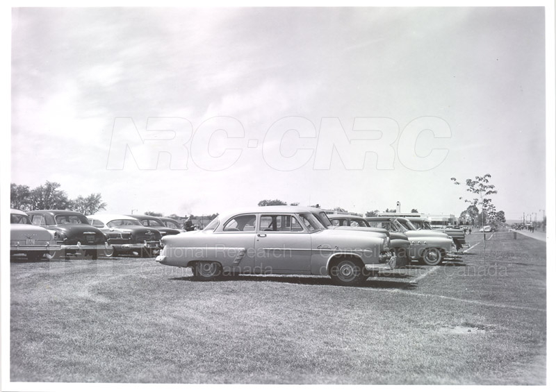 NRC Open House- Montreal Road 1954 023