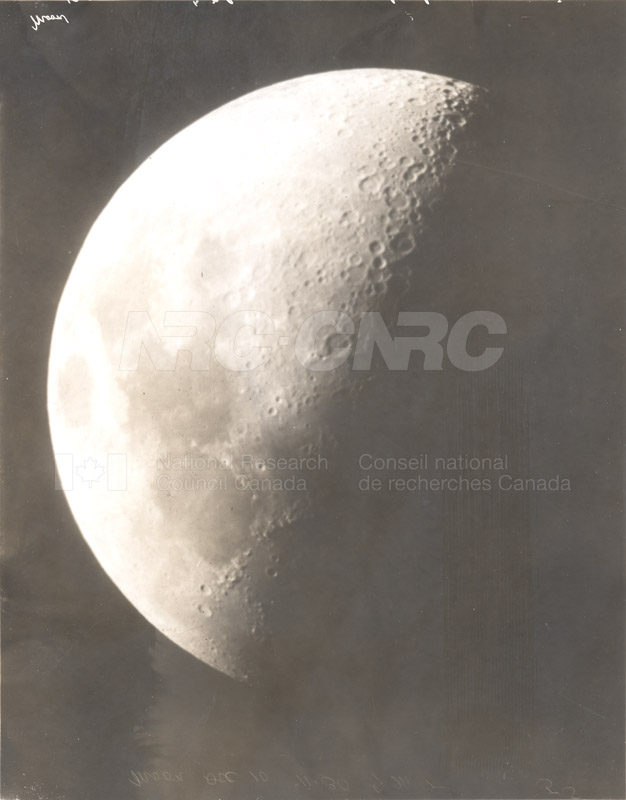 Moon 022