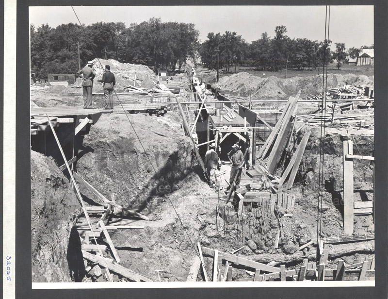 Construction of M-50 Summer 1952 #3205 010