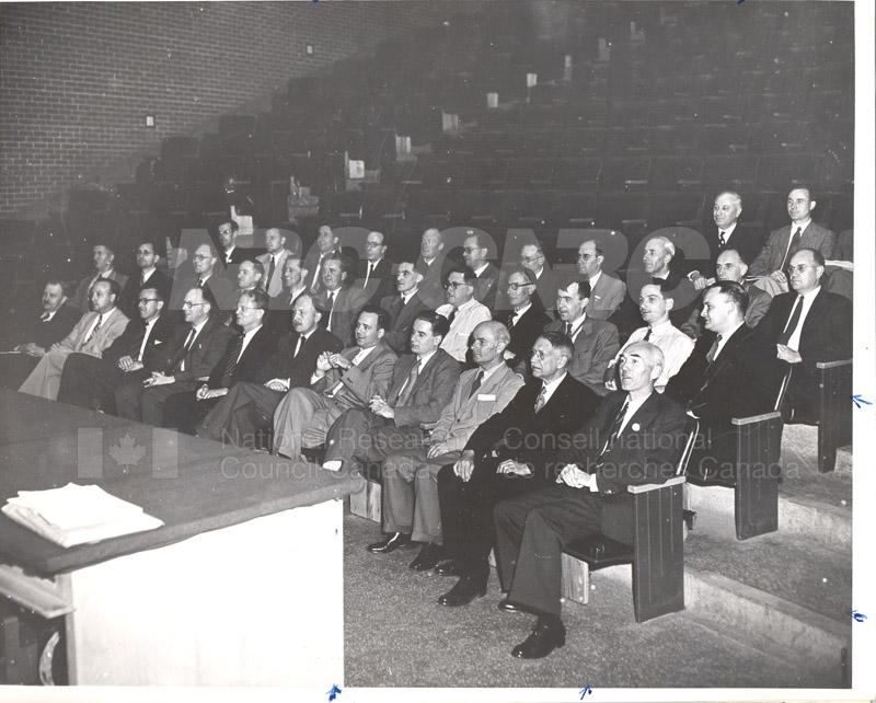 Faraday Society McGill University 1942 001
