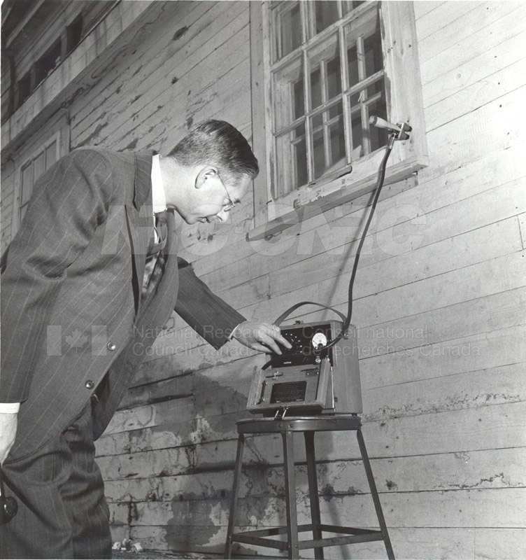C.Y. Hopkins- Protective Coatings Section- Determining the Moisture Content of Wood 1948