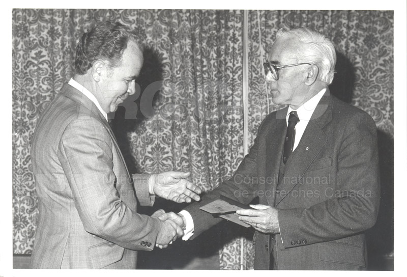 25 Year Service Plaques Presentations 1981 013