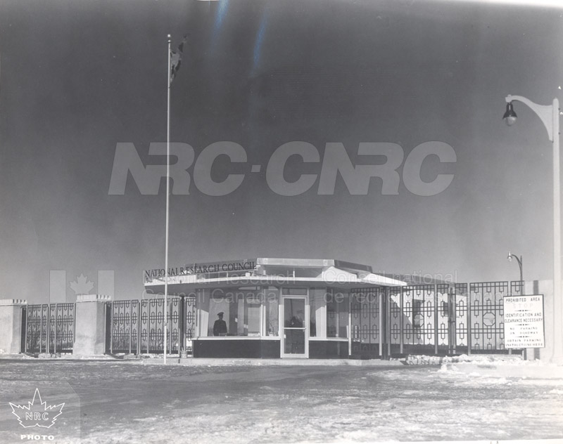 Montreal Road Campus- The Gate c.1940 001