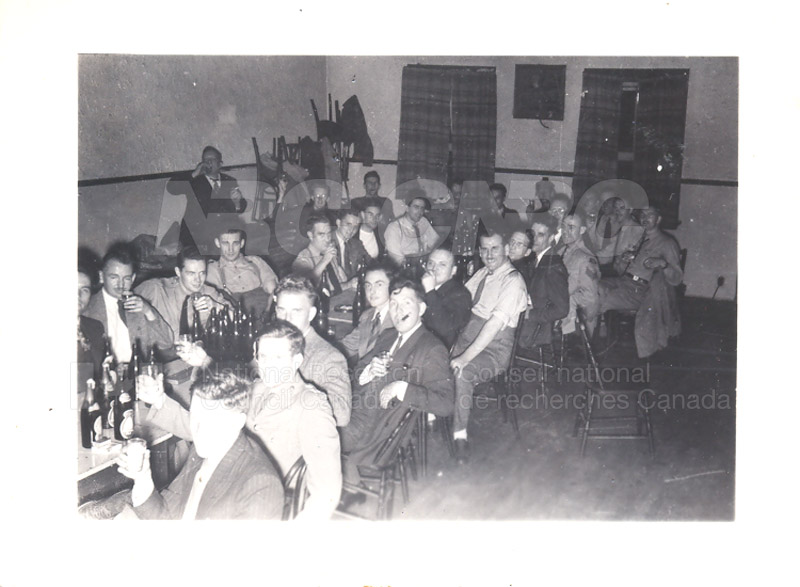 Group Portrait- Physics and E.Eng.- Radio Branch Celebration c.1945 003