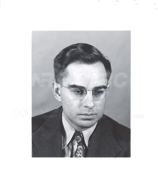 L c.1948-54 003