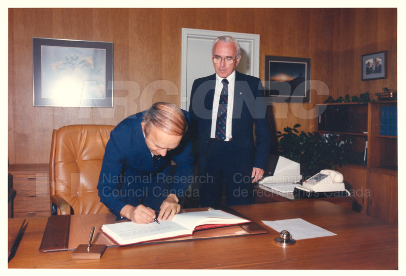 L. Rossi-Bernardi, President, National Research Council of Italy 4 Sept. 1985 003