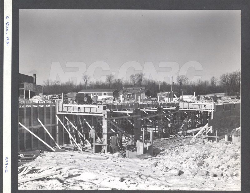 Construction of M-50 Dec. 6 1951 #2990 003