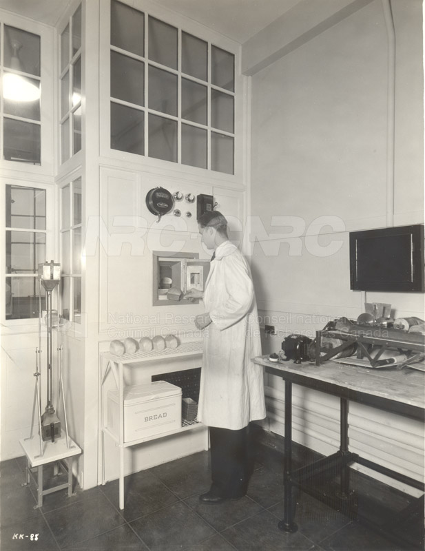 Biology and Agriculture- Bread Lab- Baking Bread (KK-88) c.1933