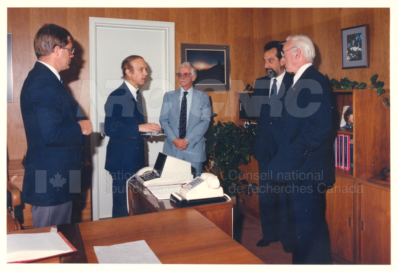 L. Rossi-Bernardi, President, National Research Council of Italy 4 Sept. 1985 002