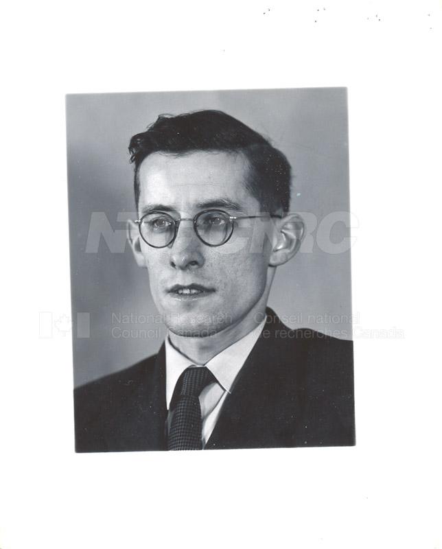 M c.1948-54 004