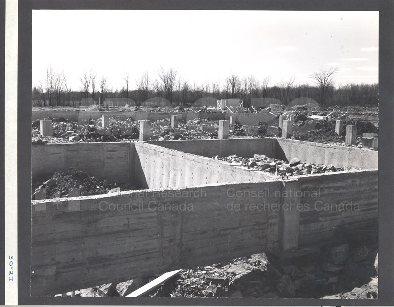 Construction of M-50 Spring 1952 #3092 009