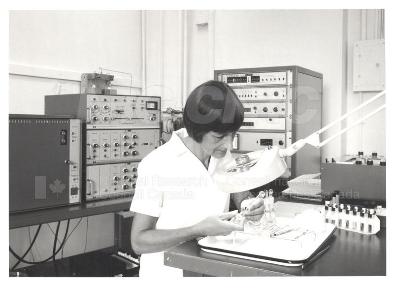 Gas Chromatograph Analysis of DDT and PCB, Barbara Sinnatt 1975