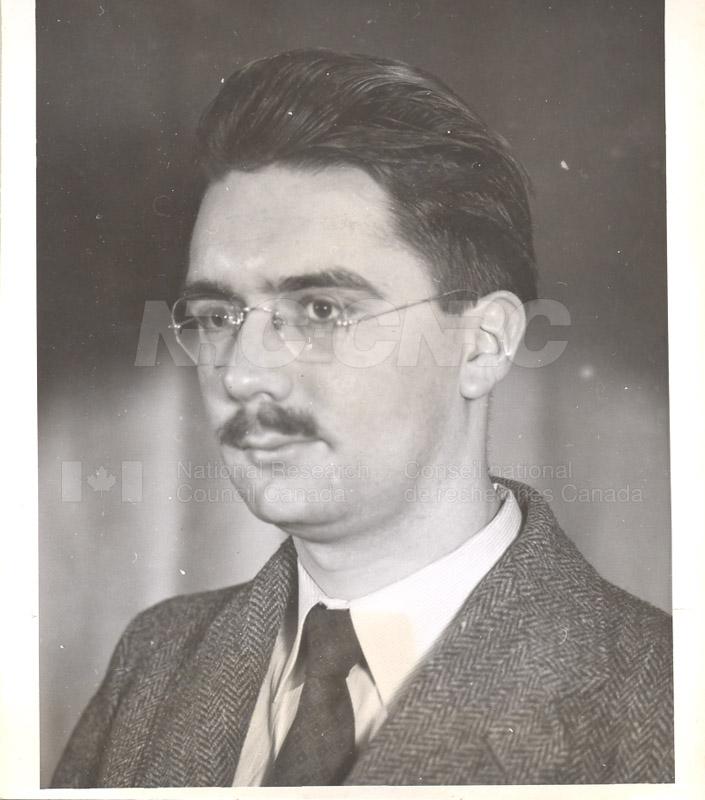 M c.1948-54 007