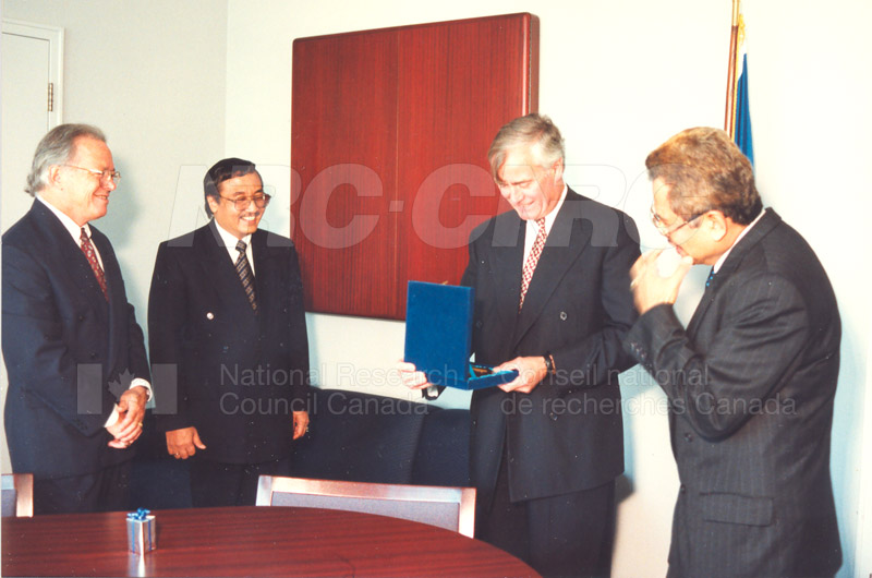 Agreement Signing Indonesian Institute of Sciences 10 Sept. 1997 005