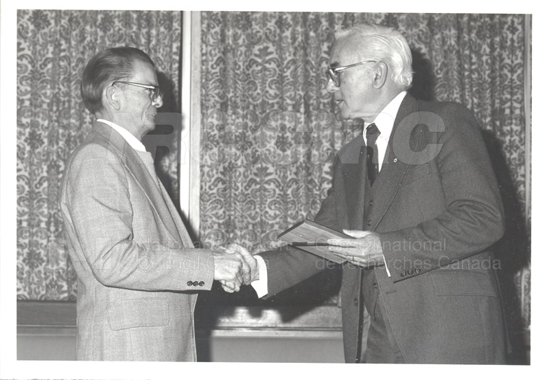25 Year Service Plaques Presentations 1981 020