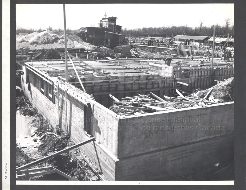 Construction of M-50 Spring 1952 #3092 004