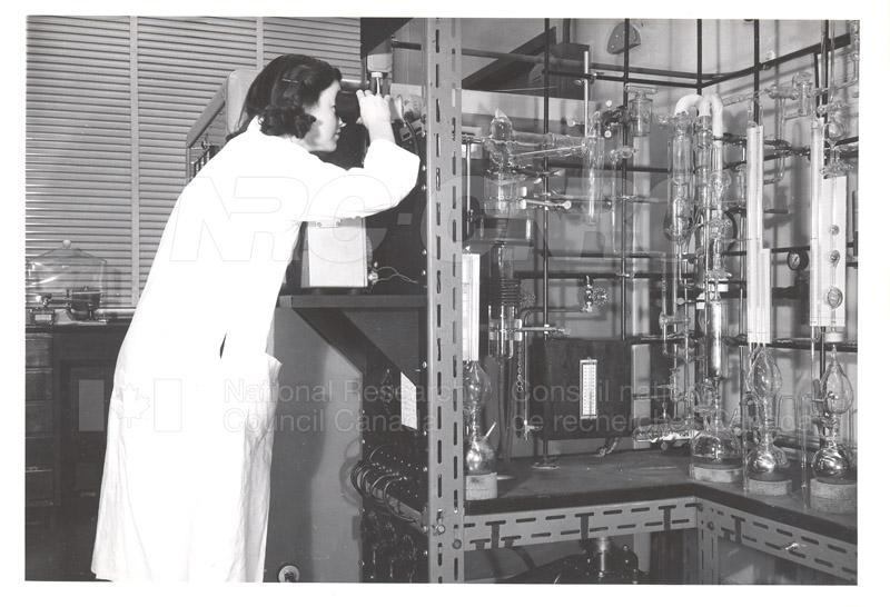 Vacuum Fusion Apparatus c.1956