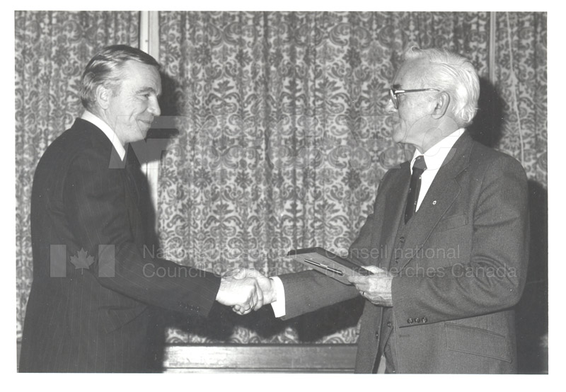 25 Year Service Plaques Presentations 1981 024