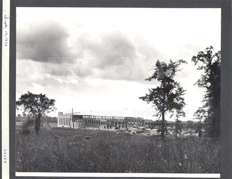 Construction of M-50 Sept. 17 1952 #3228 006