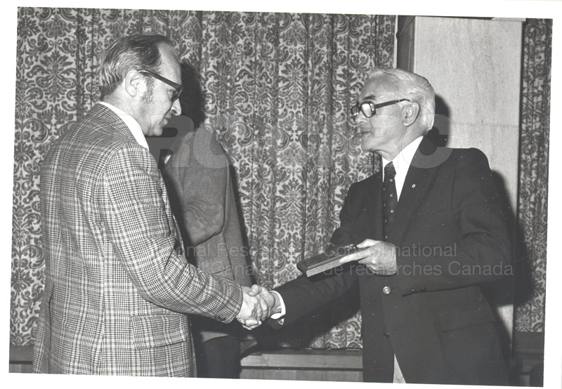 25 Year Service Plaques Presentations 1981 037