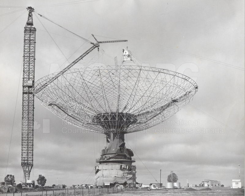 Radio Telescope at Parkes N.S.W. 1960 Commomwealth Scientific and Industrial Research Organization 1960 009