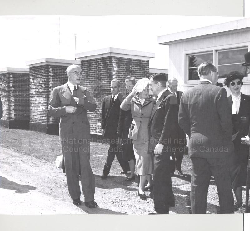 Queen Juliana Montreal Rd. Labs 23 April 1952 007