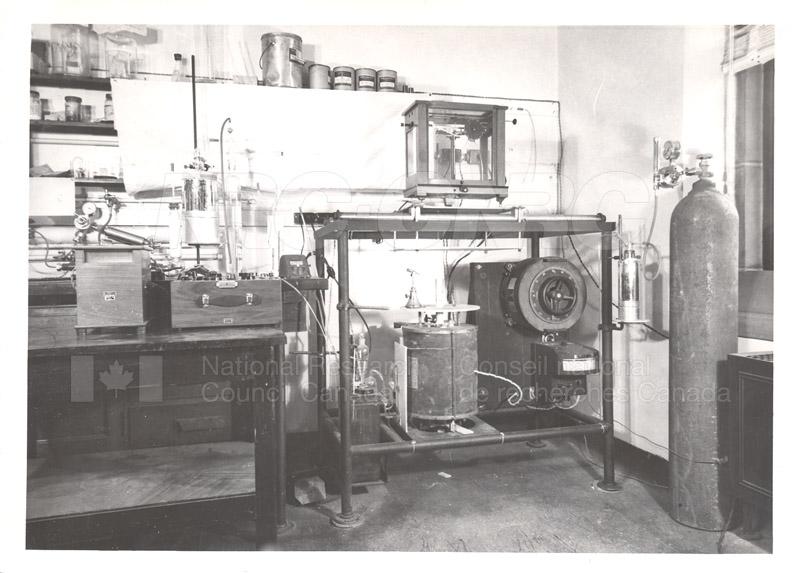 J.A. Morrison Hydrogen Liquifier- Low Temperature Calorimetry Laboratory 1948
