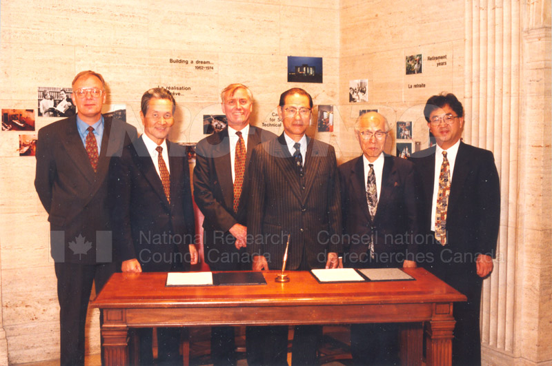 Agreement Signing RIKEN 23 Sept. 1997 001
