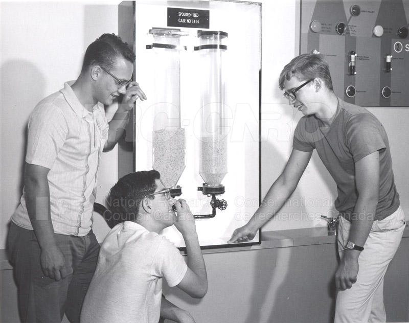 Visit of Summer Science Students 1965 003