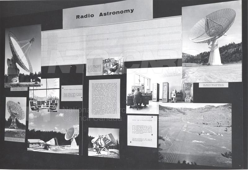 Exhibit Displays- REED 004