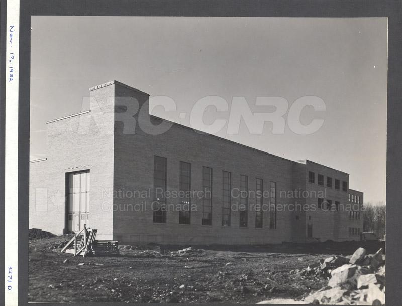 Construction of M-50 Nov. 17 1952 #3271 004