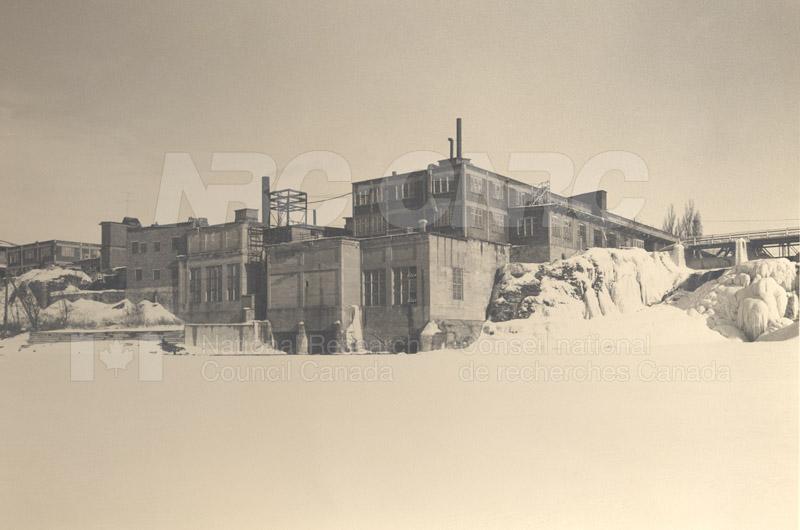John St. Annex W. View of Rideau Falls c.1932 002 pt.2