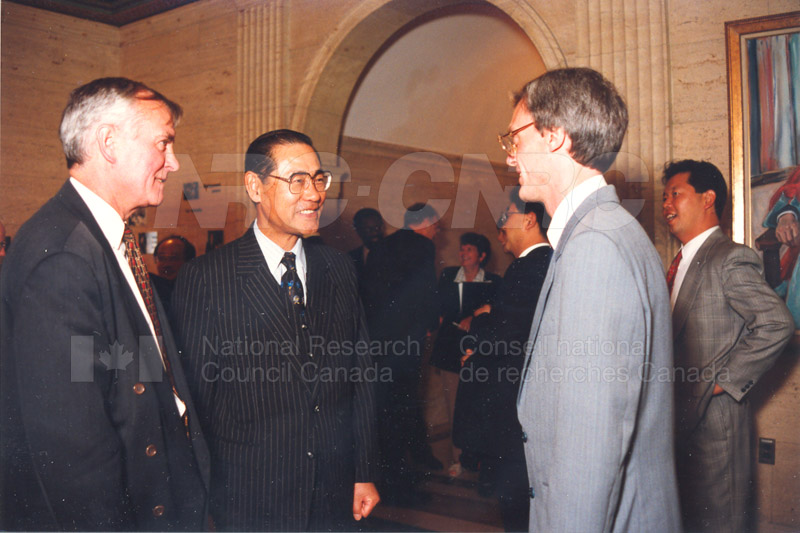 Agreement Signing RIKEN 23 Sept. 1997 005