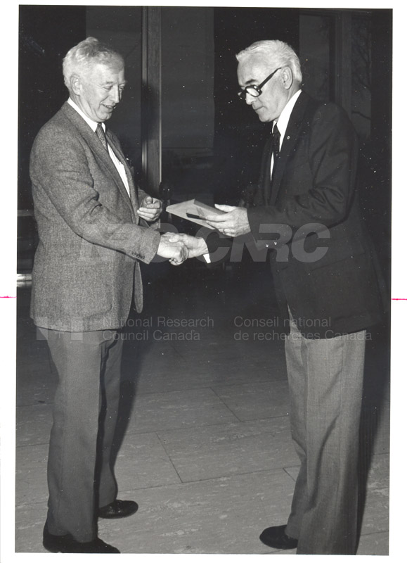 25 Year Service Plaques Presentations 1980 007