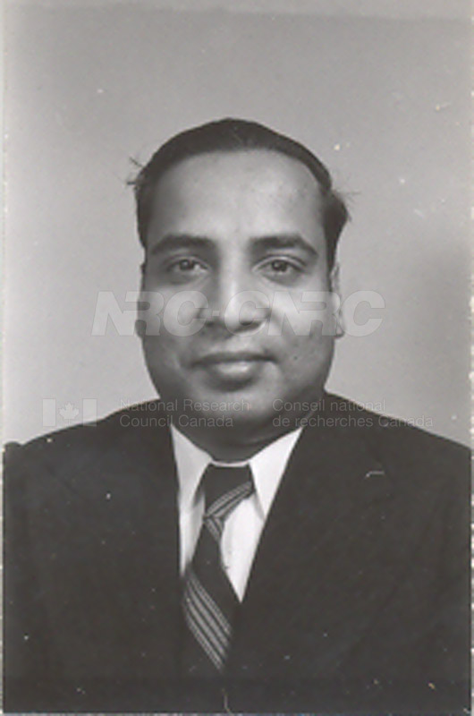 Photographs of Postdoctorate Issue 1957 100