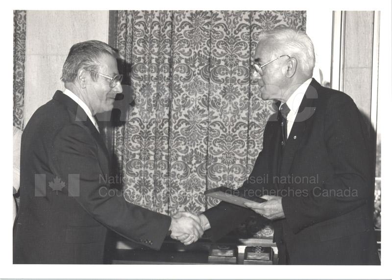 25 Year Service Presentations Nov. 1985 020