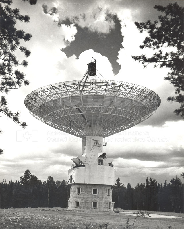 Algonquin Observatory- 15 ft. Radio Telescope c.1966